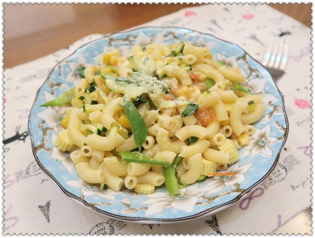 160425 當季鮮蔬義大利麵-02