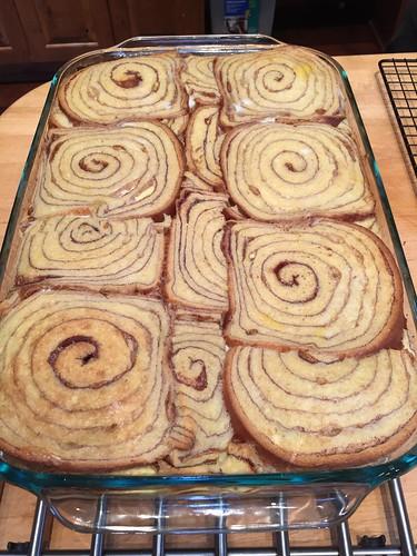Cinnamon bread custard