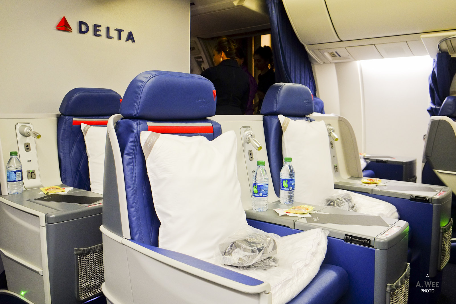 Delta ONE seats