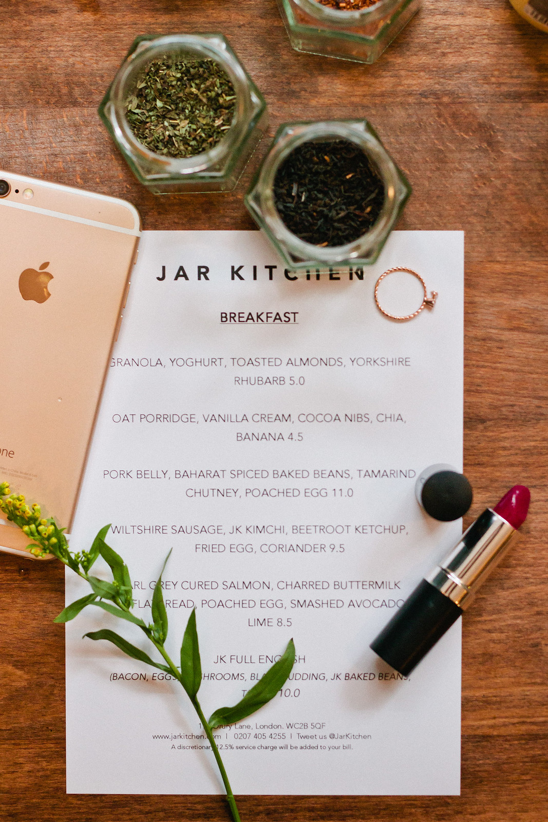 {breakfast with jar kitchen} via chevrons & éclairs