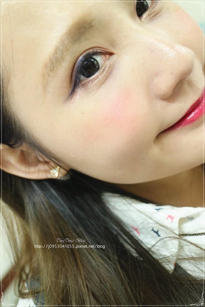 霓淨思杏葡酸肌光煥膚組 (18)