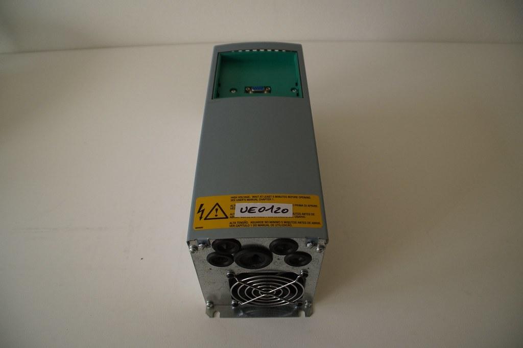Vacon Frequenzumrichter 1.1CXS4C2I1, 1,1kW/1,5kW