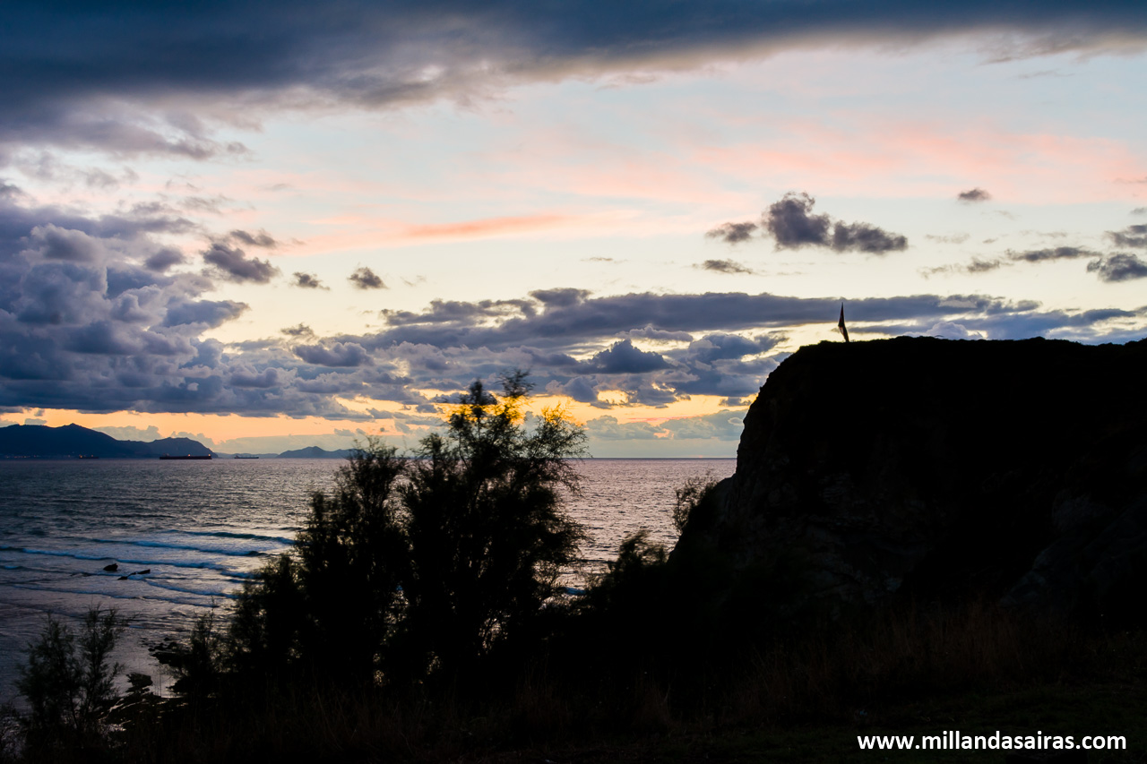 Anochecer sobre la playa de Sopelana