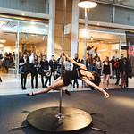 mer, 03/23/2016 - 15:54 - Fashion Week printemps 2016 - Pole Dance - Centre Manor Chavannes