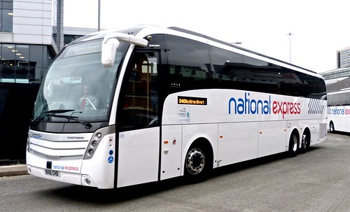 BX16 CHD 'Skills Coaches' tri axle Caetano Levante.