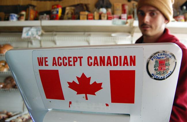 accept-canadian-money