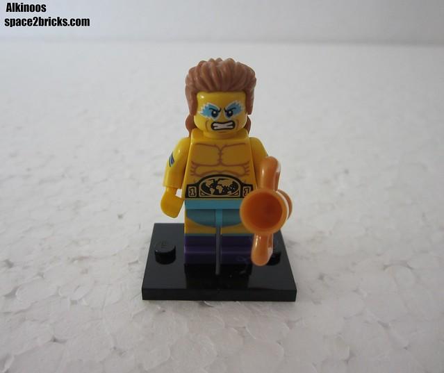 Lego Minifigures S15 le champion de lutte p1