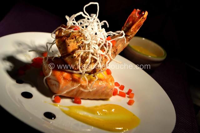 Crevette Géante et Saumon Grillés Crème à la Mangue Pimentée © Ana Luthi Tous droits réservés 47_GF