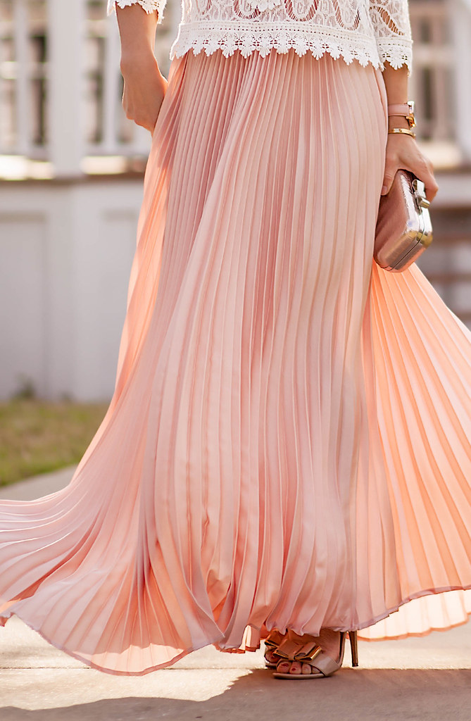 Pink Pleats   Lace - cute & little | Dallas Fashion   Lifestyle Blog