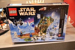 LEGO Star Wars 75146 Star Wars Advent Calendar 2016 2