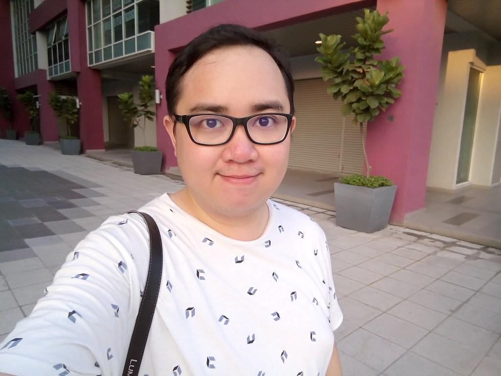 Wiko Fever 4G Front Camera Selfie