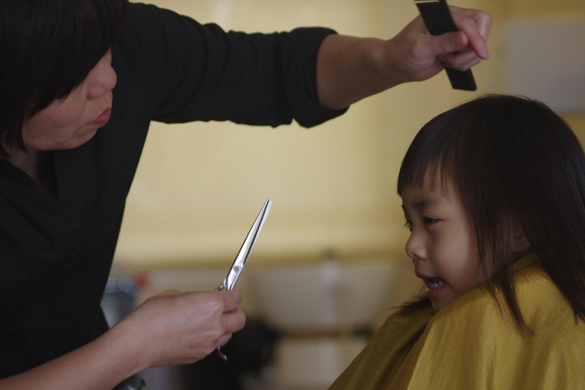 女兒-剪髮