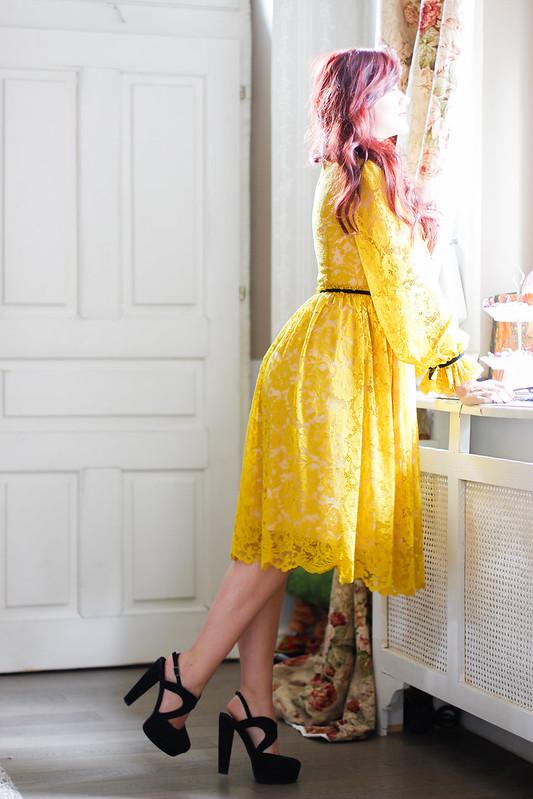 yellow lace4