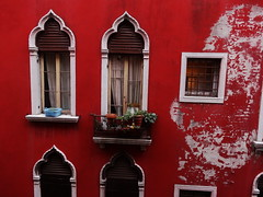 Red, Venice