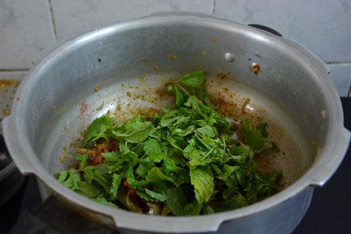 cooker biryani-10
