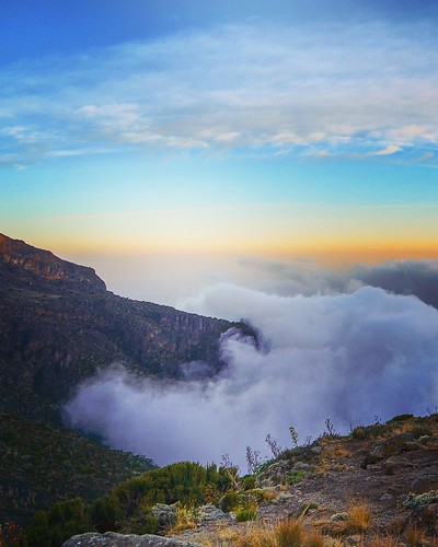 trip sunset summer mountains kilimanjaro wow photography nikon eric seven valley summit land incredible highest dewar d80 voya d7000