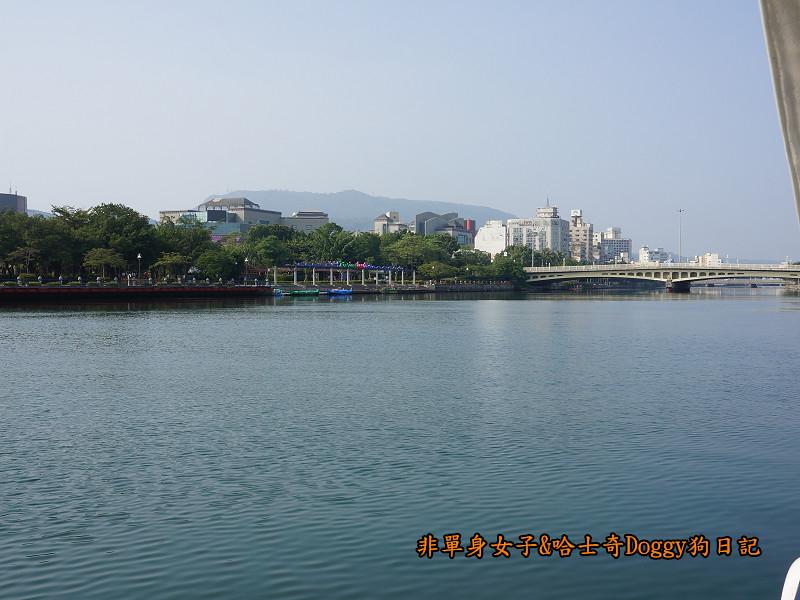 高雄港遊愛河17