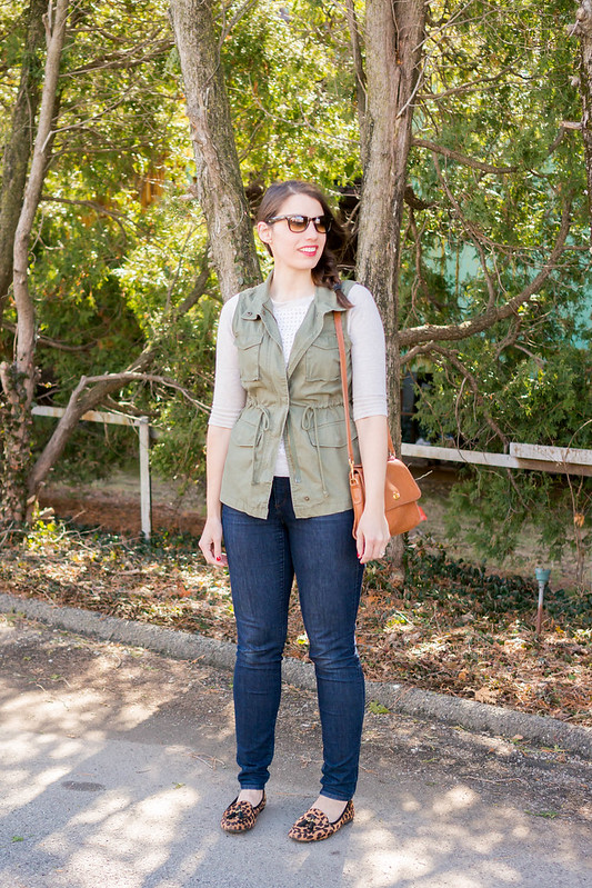 green utility vest + leopard print loafers + Ditto sunglass rental RayBans | Style On Target