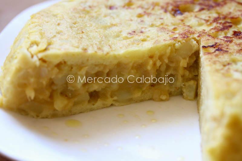 TORTILLA DE PATATAS Y CALABACIN-25