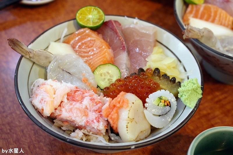 26156684342 40f0c3b056 b - 台中南屯【高町日本料理】生魚片蓋飯專賣,丼飯大碗新鮮,自行搭配的菜色組合,每一道都美味精緻