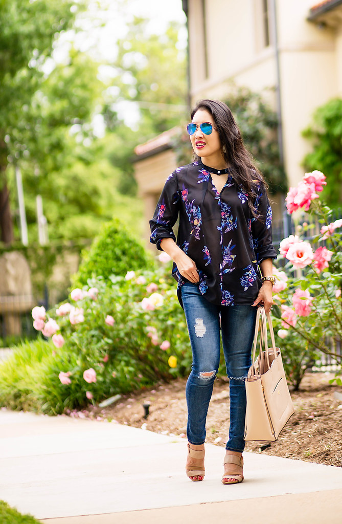 cute & little blog | petite fashion | boho floral blouse, distressed jeans, hushpuppies molly malia sandals, ray-ban blue mirror aviators | spring outfit