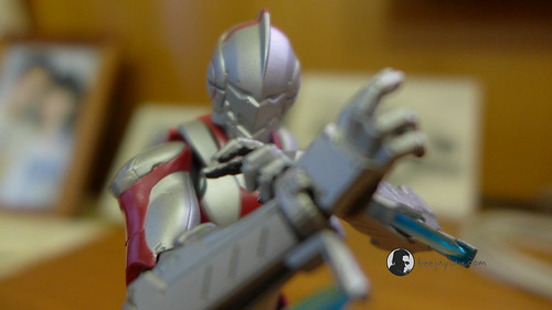 SH Figuarts Ultra-Act X