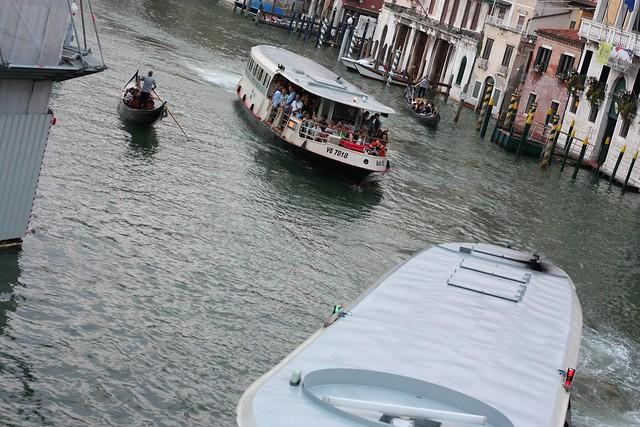 [028/366] Abendverkehr am Canale Grande