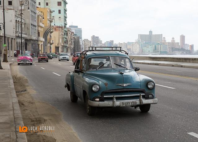 Le Fantastiche Automobili di Cuba - Sempre in Strada