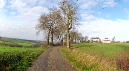 Tussen Marsolan en Castelnau-sur-l'Auvignon