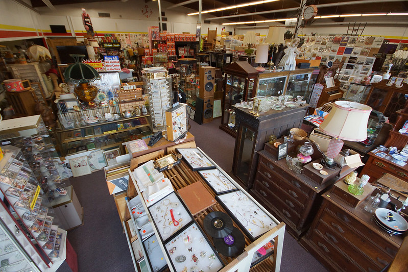Sidewalk Sale at Castle Rock Mercantile Antique Mall - Sunday April 24th 10-5pm DSC01379_edited-1