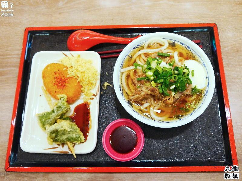 26123158826 607fd116c7 b - 丸龜製麵,台中新光三越內也能吃到日本知名烏龍麵,湯頭好,烏龍麵Q彈有勁!