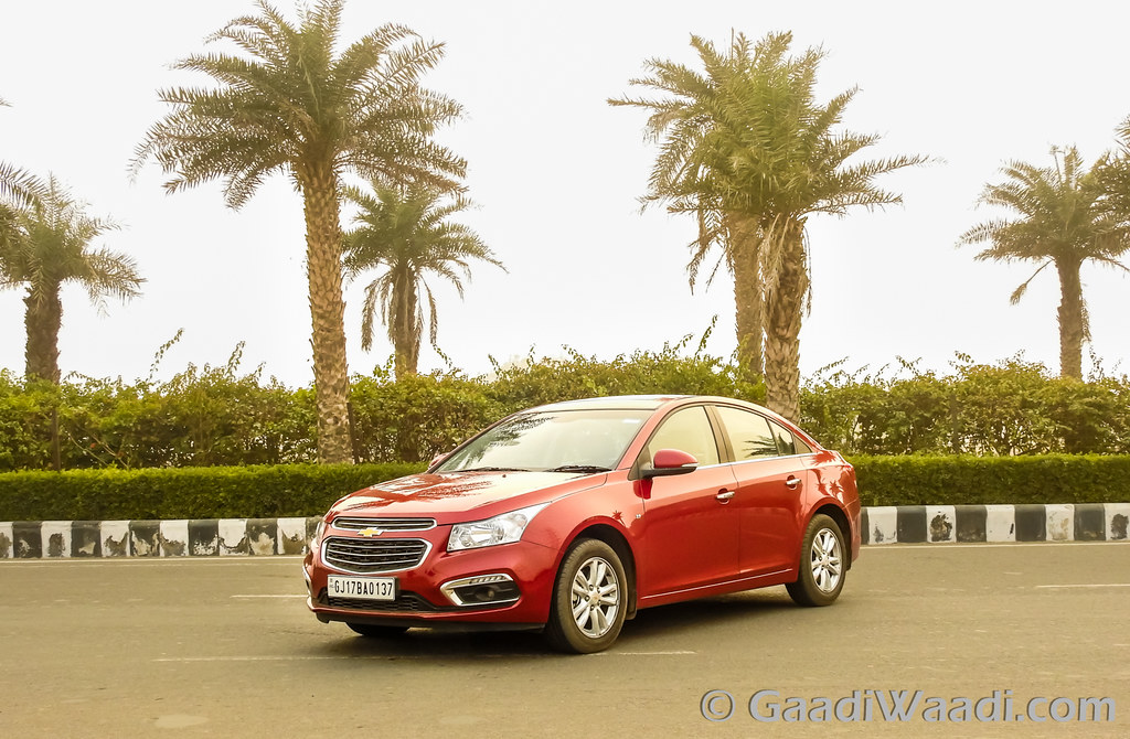 2016 CHEVROLET CRUZE FACELIFT INDIA (33)