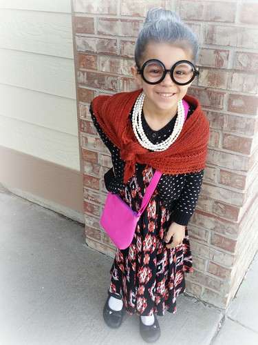 100 days of school = dress like you are 100 years old