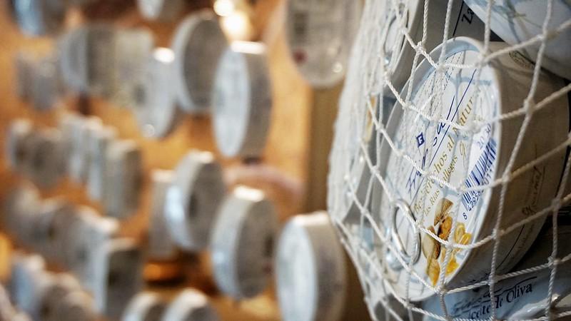 Detalles del rincón del vermouth de La Casita de El Pradal