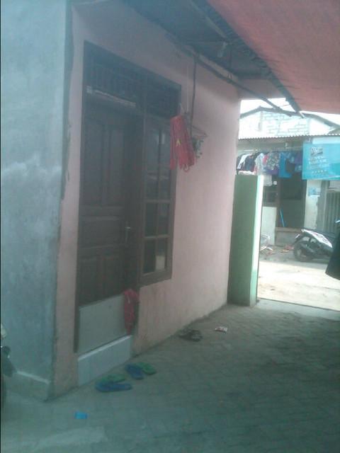 Rumah 2 Lantai Plus 10 Kontrakan Cocok Untuk Investasi Maupun Tempat Tinggal Cengkareng Jakarta Barat Rp 3.75 M (6)