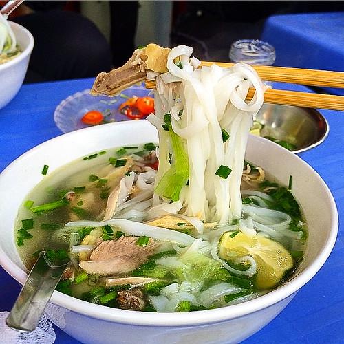 Pho (Vietnam style noodles), Hanoi old city, Vietnam ハノイ旧市街、人気店のフォー