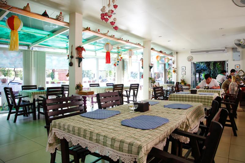 Chuan Chom Restaurant Chiang Mai