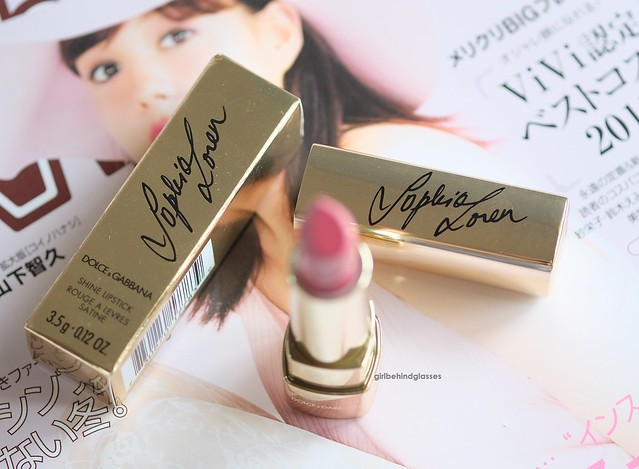 Dolce & Gabbana Sophia Loren N1 lipstick2