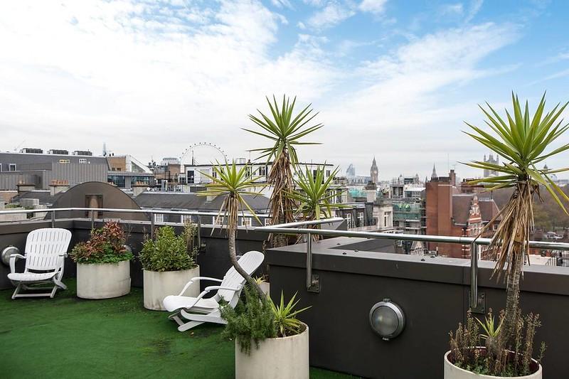 Пентхаус с террасой на крыше в Лондоне
