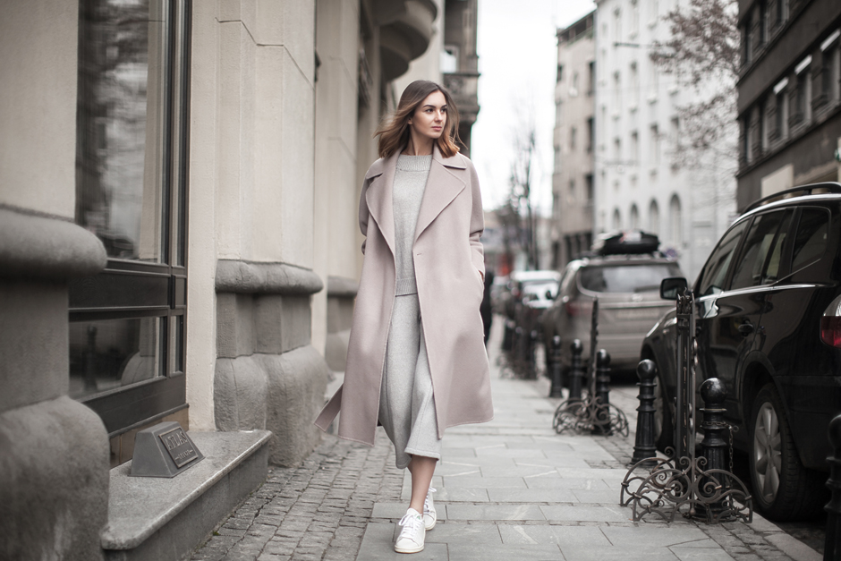 street-style-pastel-robe-coat-culottes