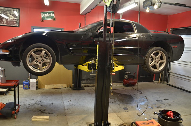 C5 Fits Nicely On The Lift. I Love The Low Lift Height As It Clears My Low  Ceilings. Pardon The Dirty Floor.