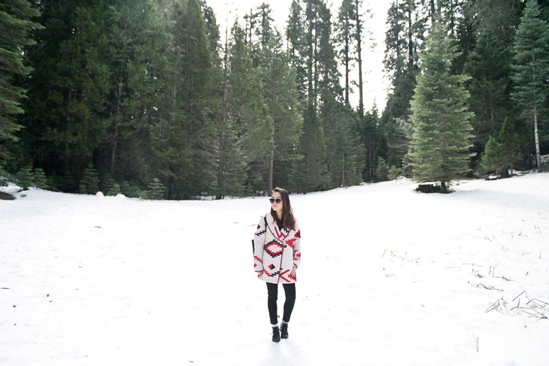 01yosemite-snow-travel-tribal-southwest-fashion-style