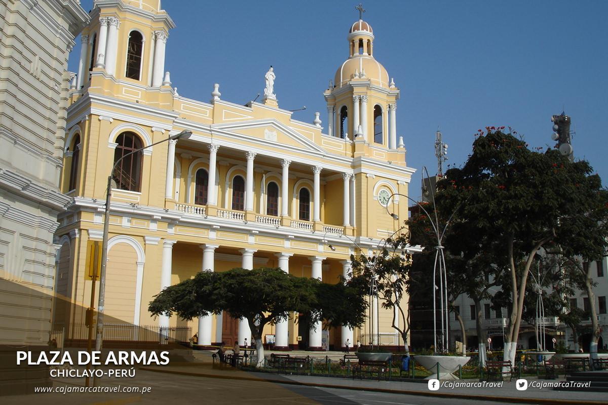 La Iglesia Catedral, una imponente construcción de estilo neoclásico.