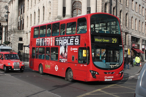 Arriva London North HV85 LJ13FDG
