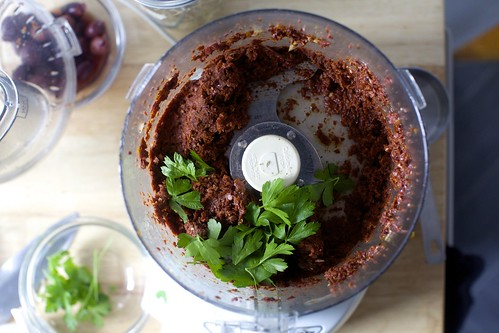 make the red pesto-tapenade-ish filling