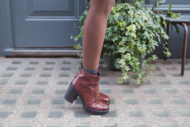 Vagabond Tyra Staked Platform Burgundy Leather Ankle Boots Nubian Skin Cinnamon tights review