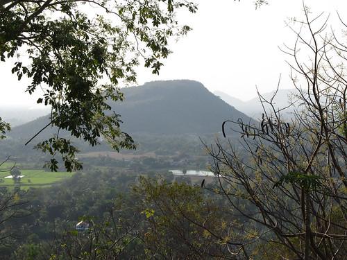 La campagne de Battambang: la montagne crocodile