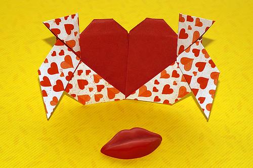 Origami Loving Pajaritas (Francis Ow)