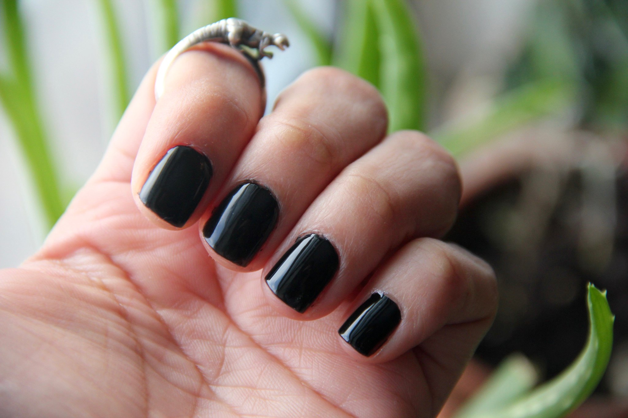 Nails Inc Gel Effect Black Taxi
