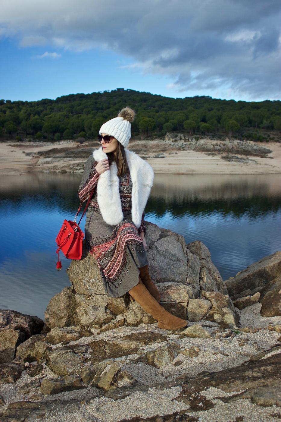lara-vazquez-madlula-fashion-blog-moda-streetstyle-moda-michael-kors-white-camel-tones